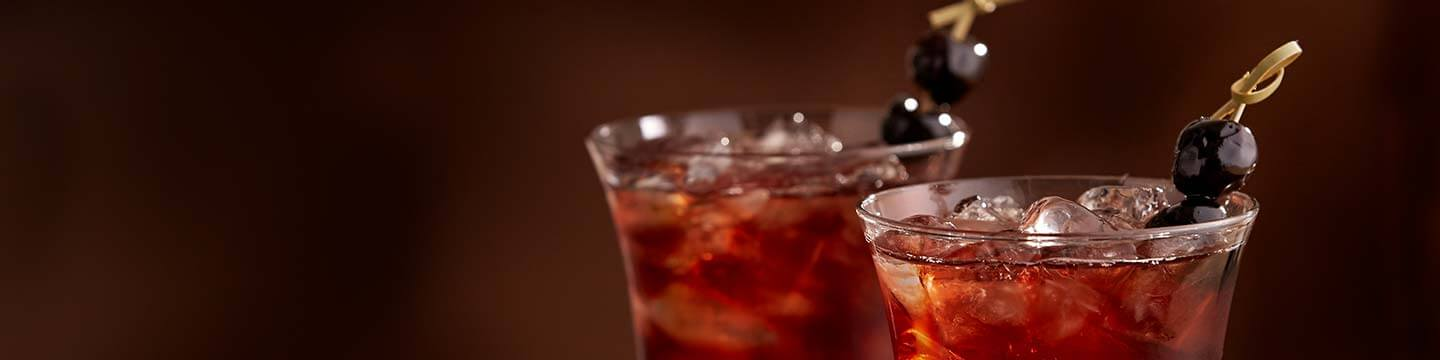 Elevate Your Soiree With Holiday Cocktails